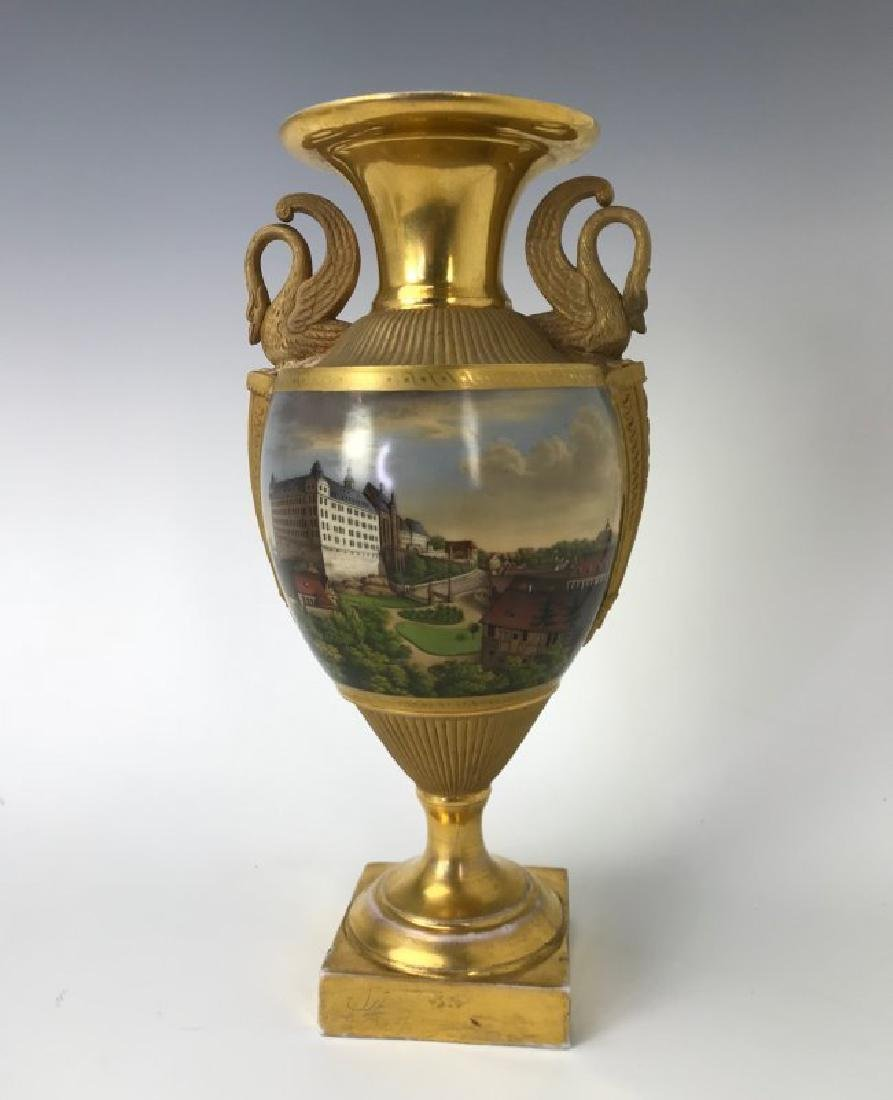A VERY FINE TOPOGRAPHICAL MEISSEN VASE CIRCA 1820
