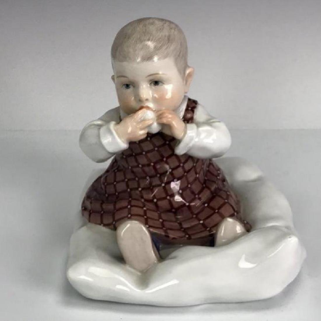 A MEISSEN HENTSCHEL CHILD CIRCA 1905