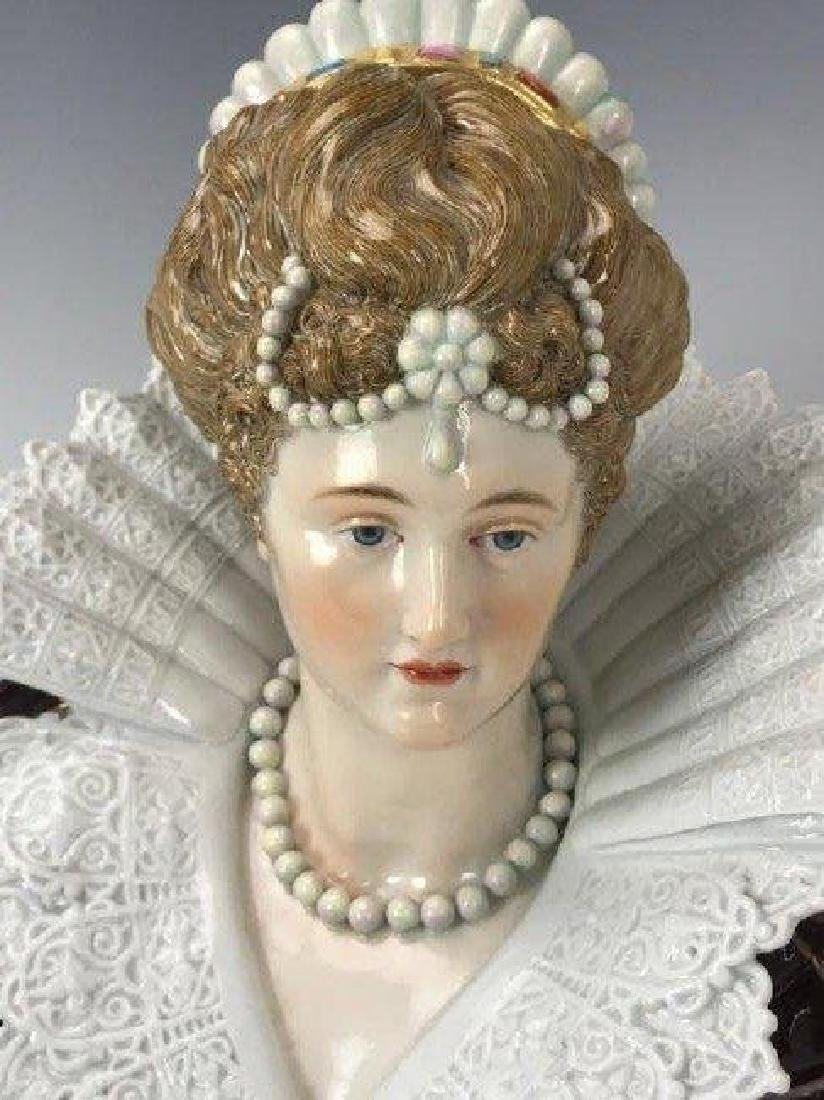 A LARGE 19TH C. MEISSEN BUST - 2