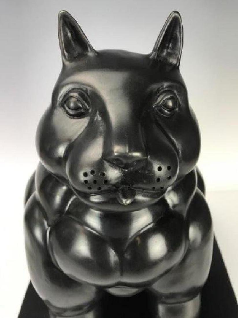 A SIGNED BOTERO BRONZE SCULPTURE - 4