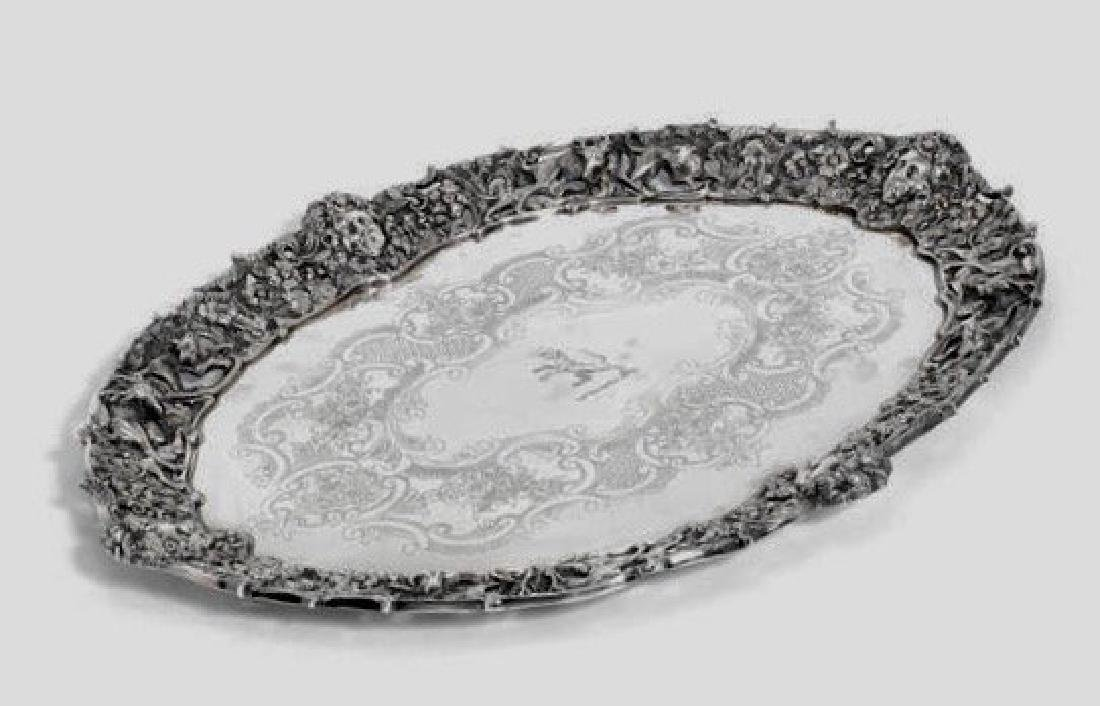 A LARGE EDWARDIAN SILVER TRAY