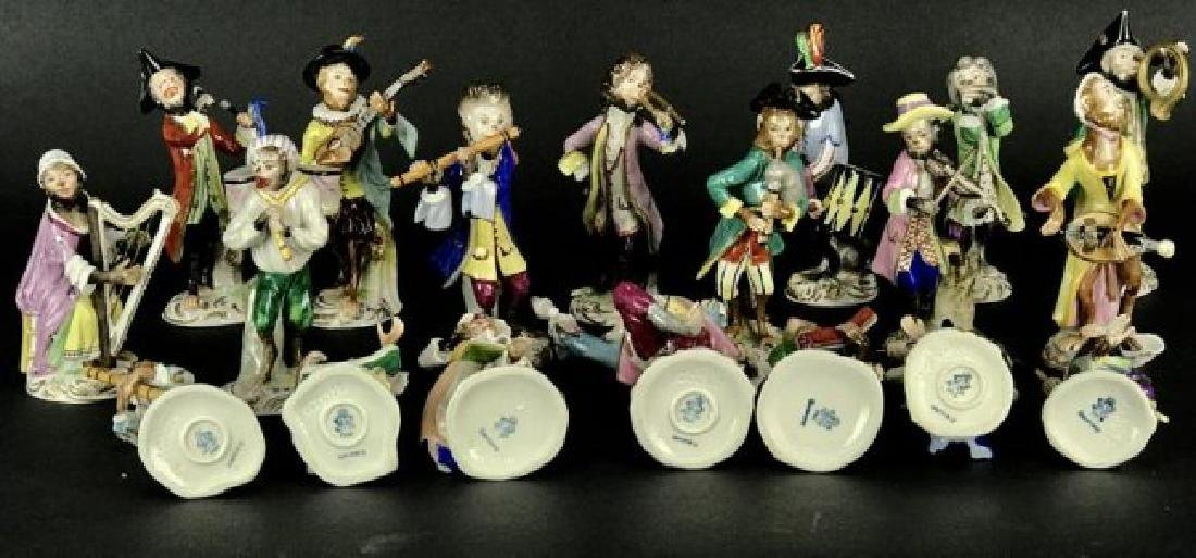 DRESDEN PORCELAIN MONKEY BAND 19 PEICES - 2
