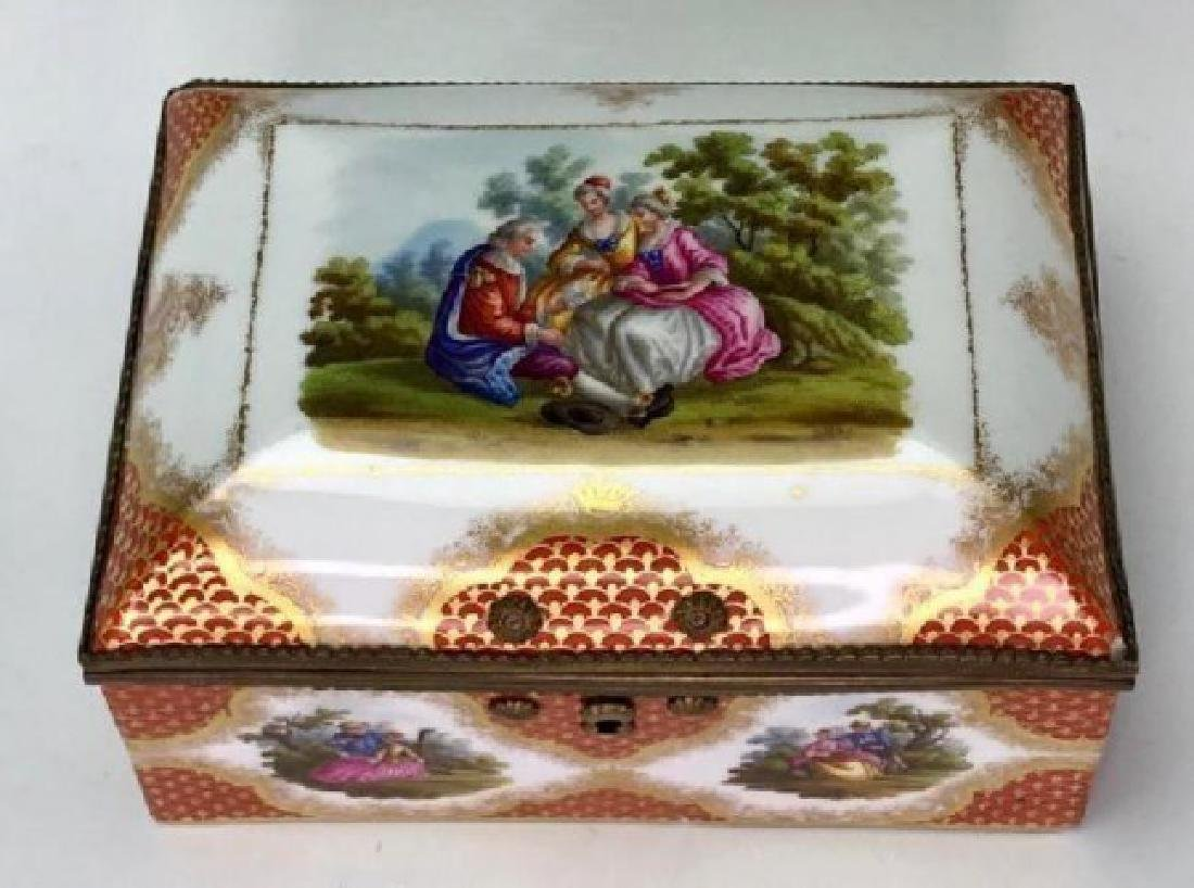 19TH C. MEISSEN STYLE PORCELAIN JEWELRY BOX