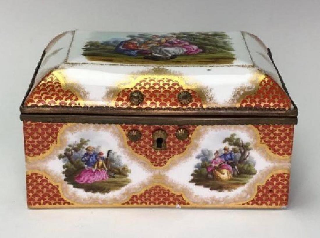 19TH C. MEISSEN STYLE PORCELAIN JEWELRY BOX - 2