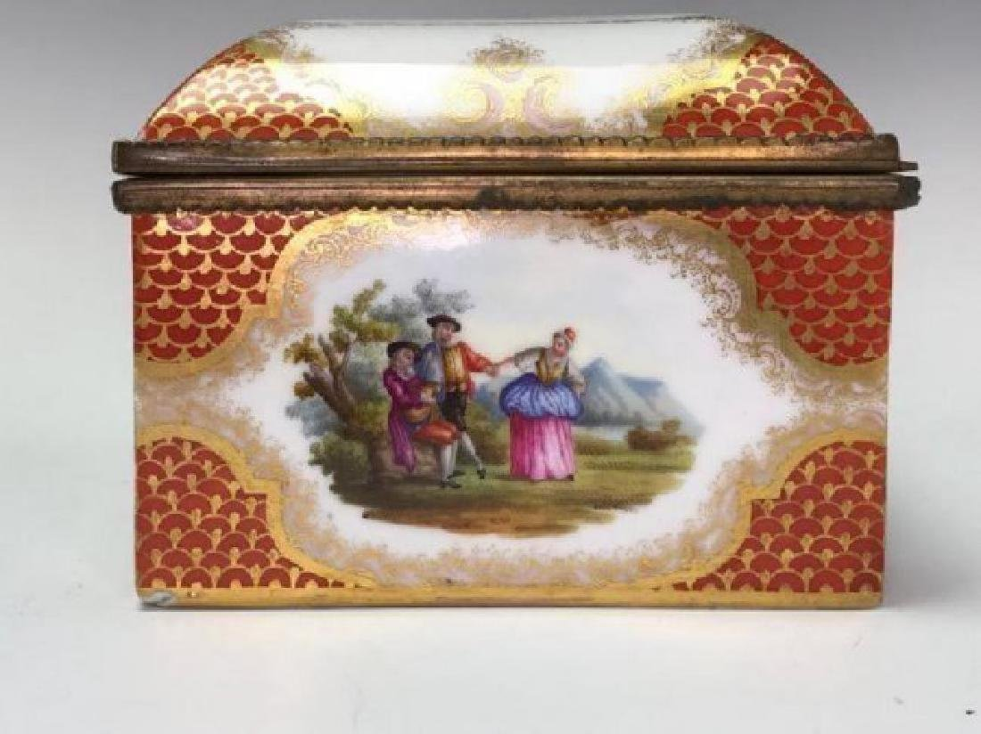 19TH C. MEISSEN STYLE PORCELAIN JEWELRY BOX - 3