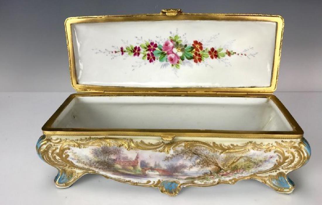 19TH C. SEVRES PORCELAIN BOX - 3