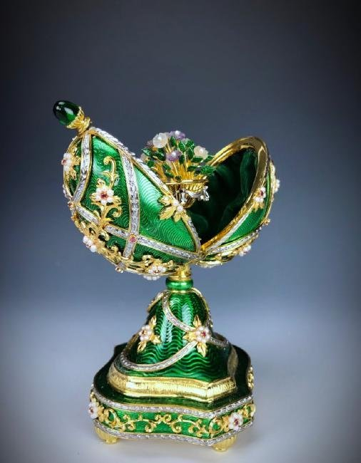 A HOUSE OF FABERGE MUSICAL STERLING GEMSET EGG - 5