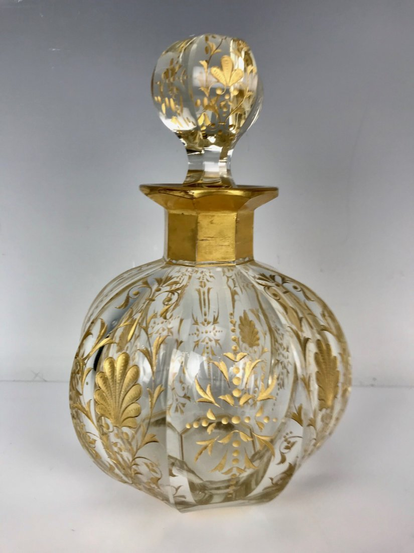 A LARGE GILT MOSER PERFUME BOTTLE - 2