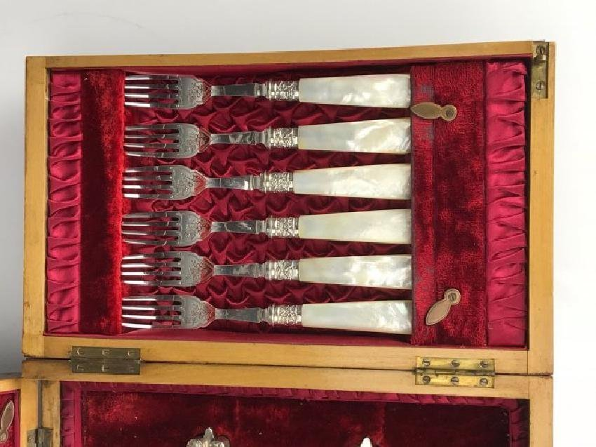 BOXED SILVER PLATED & MOTHER OF PEARL NUTCRACKER SET - 3