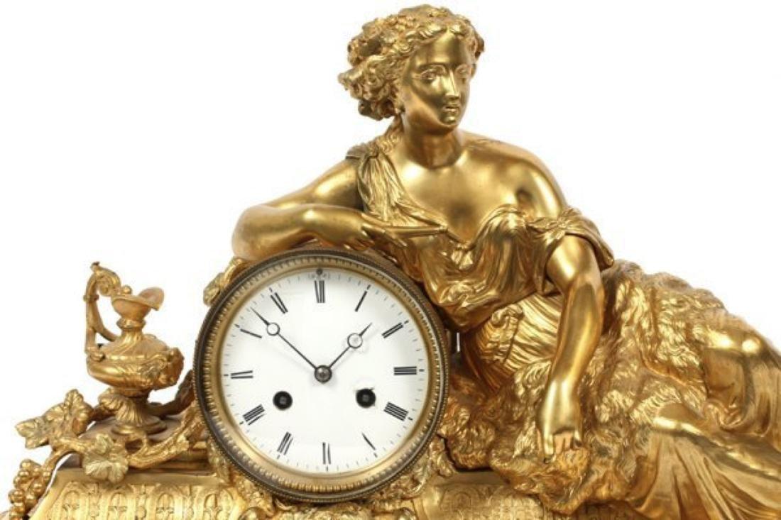 LOUIS XVI STYLE D'ORE BRONZE FIGURAL MANTEL CLOCK - 2