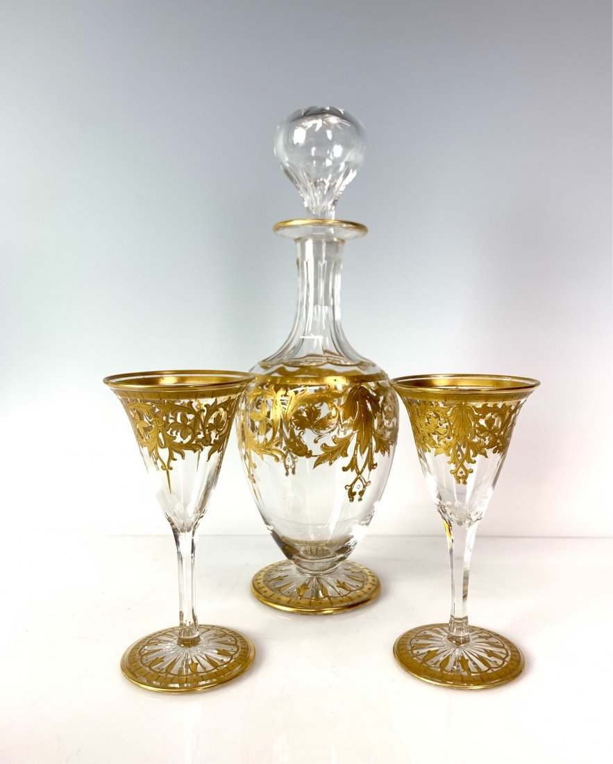 A GILT MOSER DLIQUOR SET