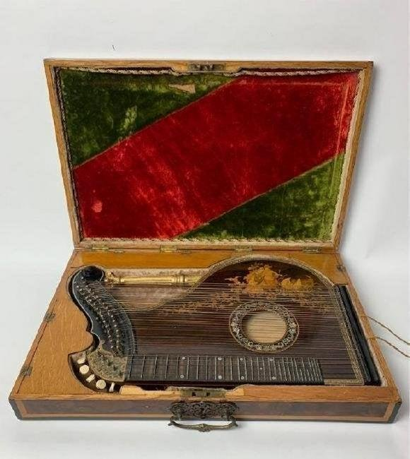 A VERY RARE MARQUETRY MUSICAL INSTRUMENT ( ZITHER)