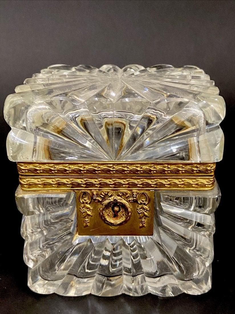 19TH C. ORMOLU MOUNTED BACCARAT CRYSTAL JEWELRY BOX