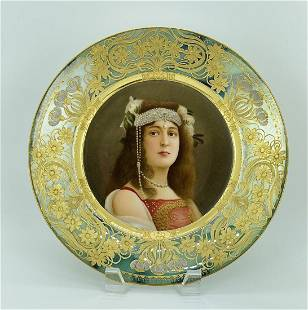 A GOOD ROYAL VIENNA PORTRAIT PLATE SIGNED WAGNER