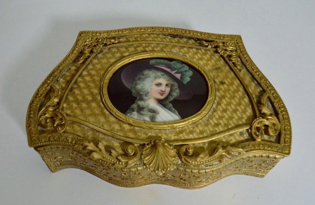 19TH CENTURY DORE BRONZE AND PORCELAIN BOX