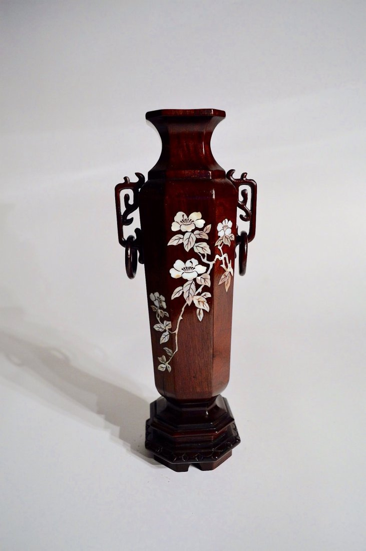 CHINESE MOTHER OF PEARL INLAID VASE