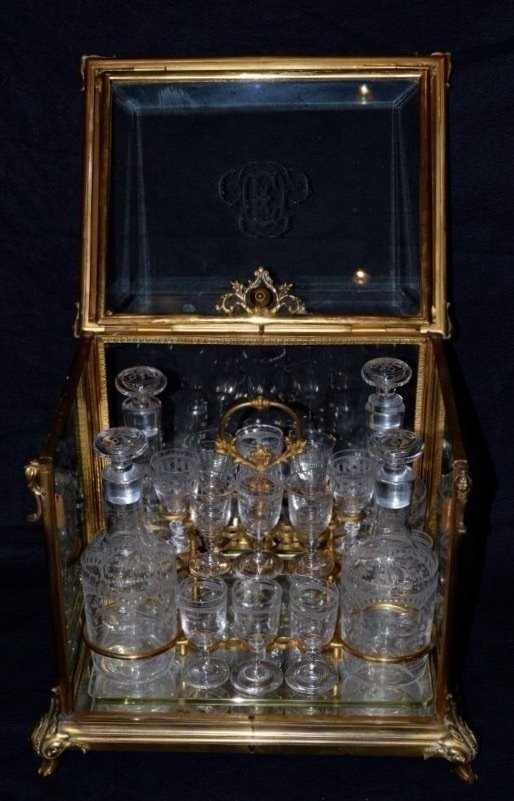 19TH CENTURY DORE BRONZE AND BACCARAT GLASS TANTALUSE