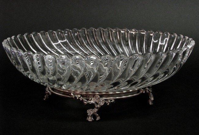 LARGE SIGNED BACCARAT CENTERPIECE