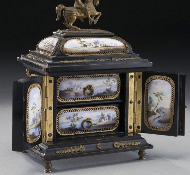 19TH CENTURY VIENNESE ENAMEL JEWELRY BOX