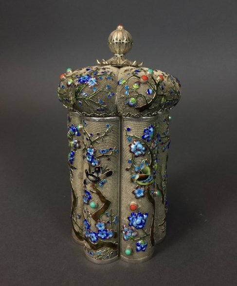 CHINESE SILVER ENAMEL TEA CADDY INSET WITH CORAL - 3