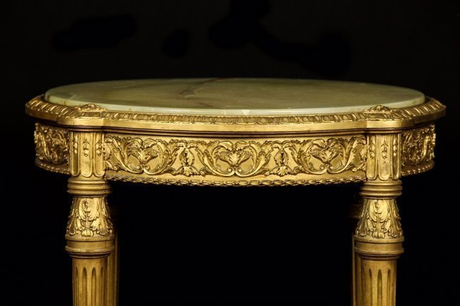 19TH CENTURY ONYX TOP GUILTWOOD GUERIDON - 2