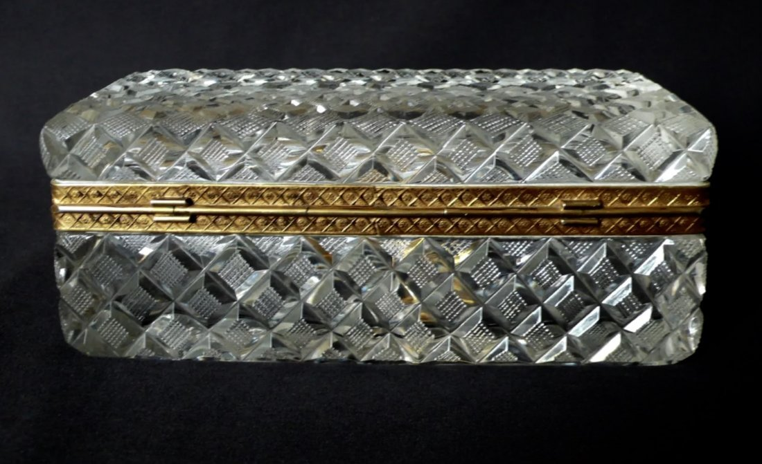 A DORE BRONZE MOUNTED BACCARAT CRYSTAL BOX - 2