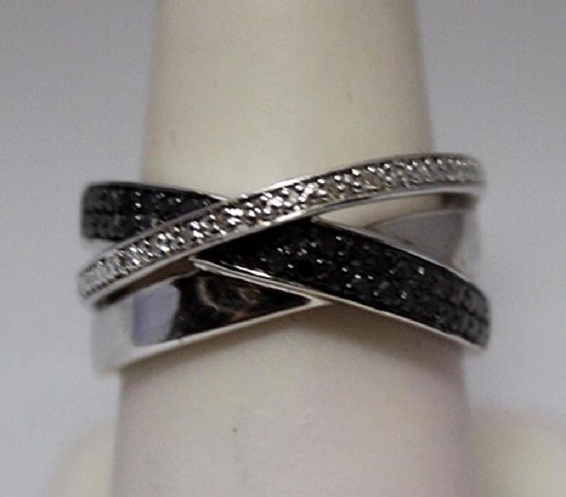 Exquisite Black &White Diamonds Silver Ring