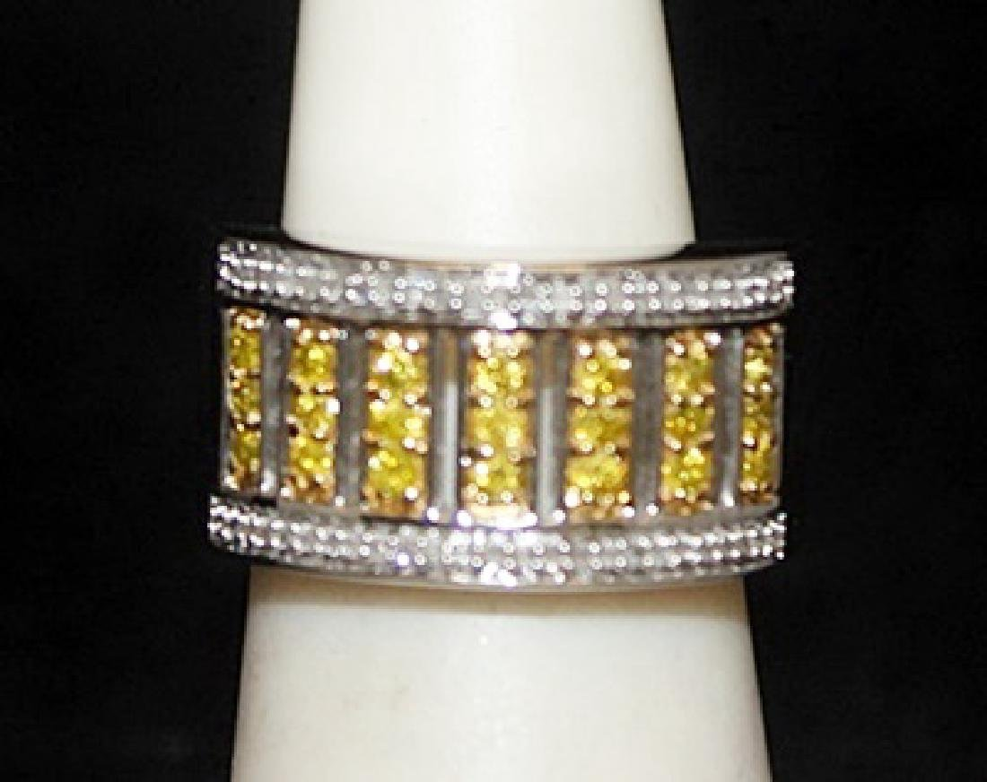 Gorgeous Silver Ring with Canary & White Diamonds