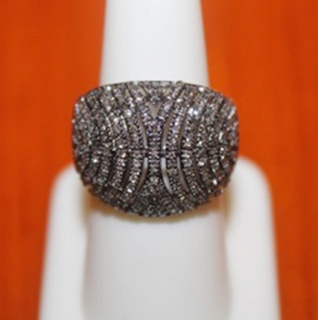 Dazzling Clustered Ring