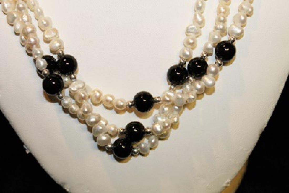 Baroque Ivory/Black Color Pearl Necklace - 2
