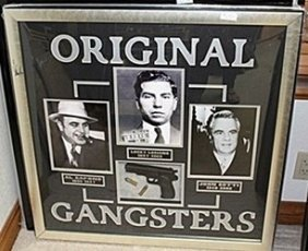 Original Gangsters With Gun & Bullets Ar5526
