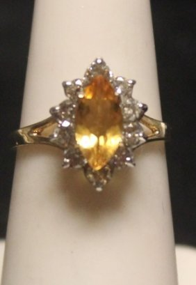 Gorgeous 14 Kt Golden Sapphire With Diamonds Ring