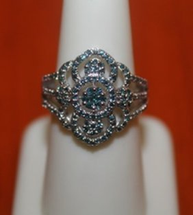 Appealing Antique Styled Ring