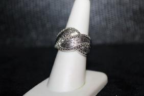 Lady's Fancy Diamond Ring. (299J)
