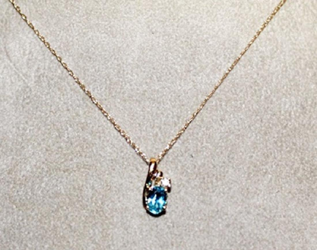 Beautiful 10kts Gold Royal Blue Topaz & Diamond