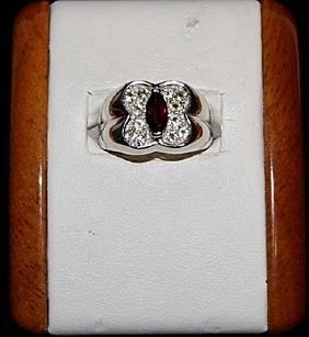 Beautiful Garnet with Peridots Silver Ring.