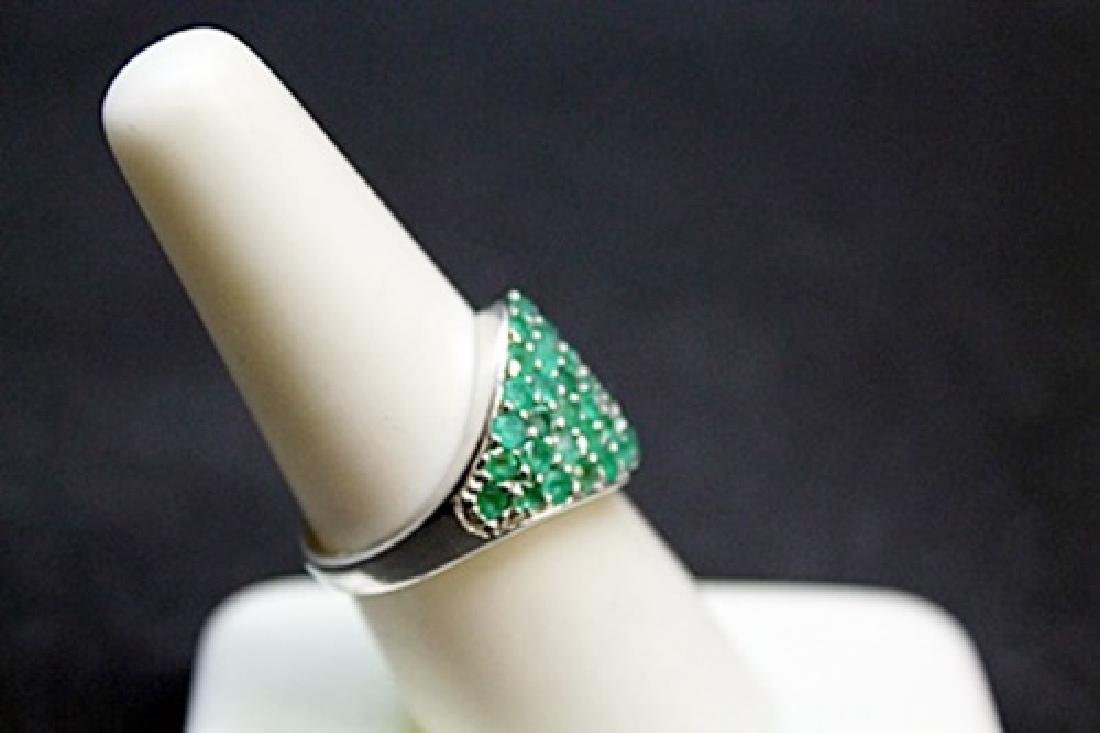 Unisex Columbian Emerald Silver Ring. - 2