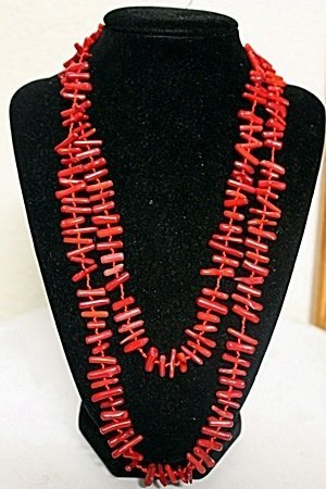 LADIES BEAUTIFUL CORAL NECKLACE
