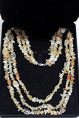YELLOWISH AMBER AND CITRINE NECKLACE