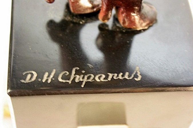 Signed Chiparus Bronze   - The Squall - 3