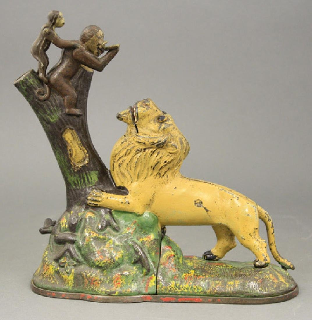 Lion and Monkeys Bank