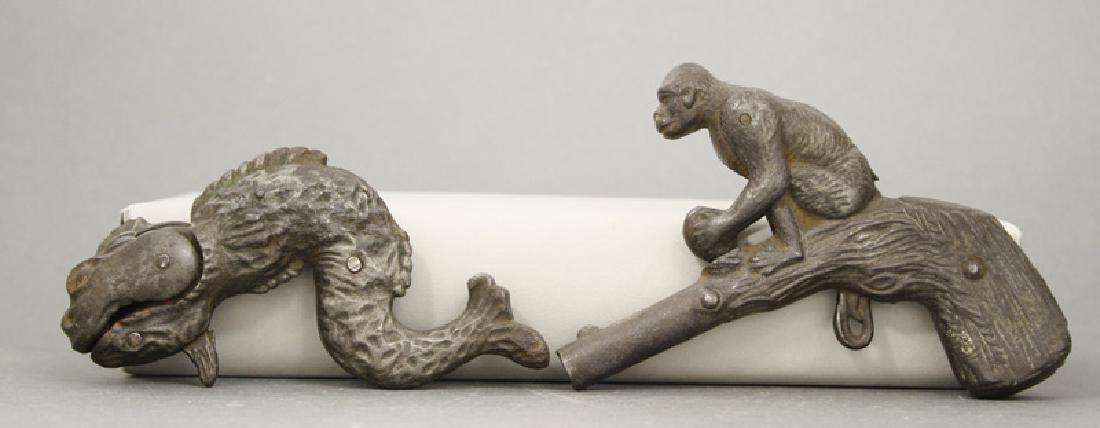 Serpent / Monkey with Coconut Cap Pistols