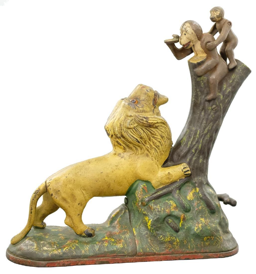 Lion and Monkeys Bank - Double Peanut Shaped Knot