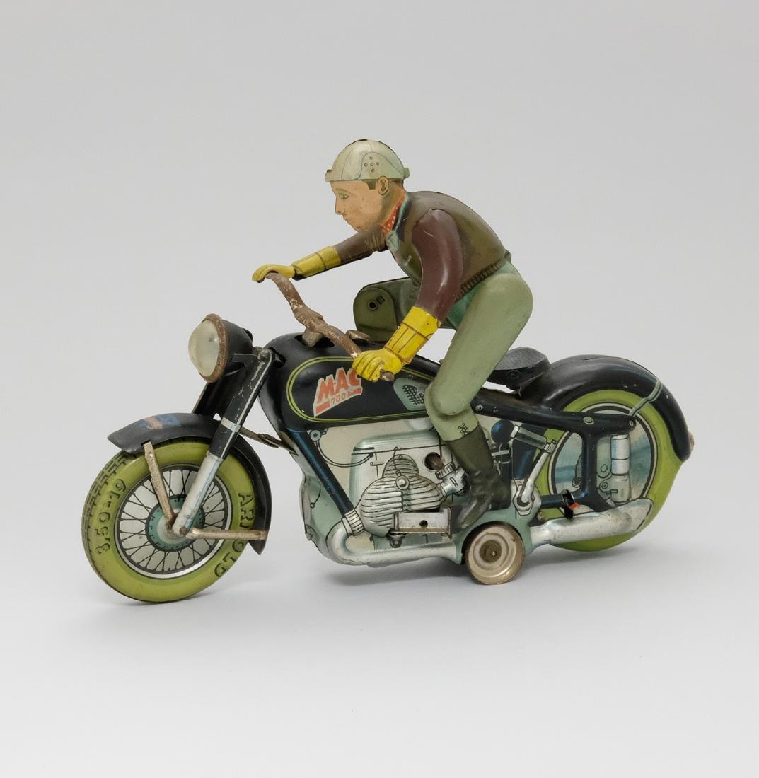 Mac 700 Motorcycle