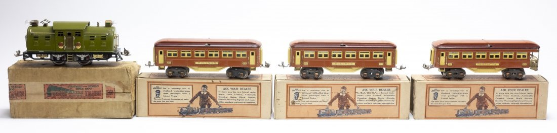 Lionel No. 254 Engine with 3 Pullman Coaches
