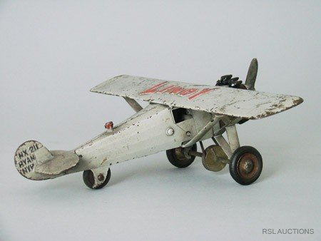 254: Lindy Airplane with Moving propeller - Hubley
