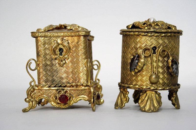 16: Lot: Treasure Boxes  Still Bank