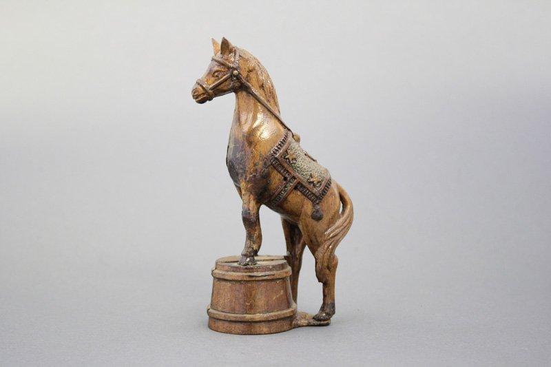 Horse on Tub - Wood Pattern