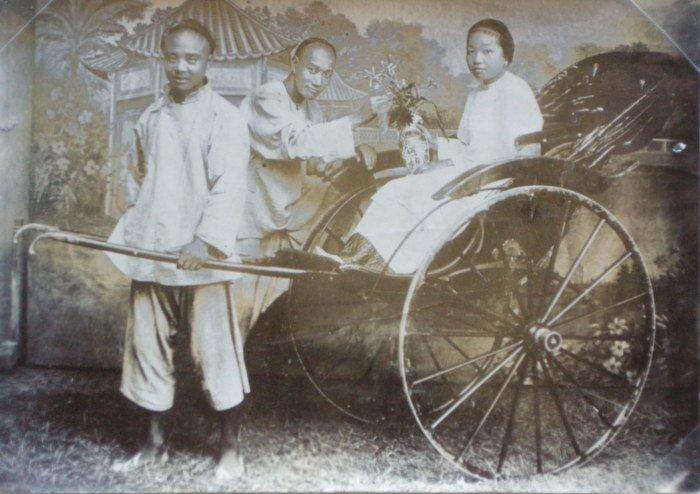Chinese Riksha. c1900