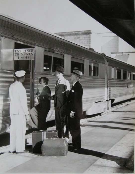 Ginger boarding the Pullman Car. c1920